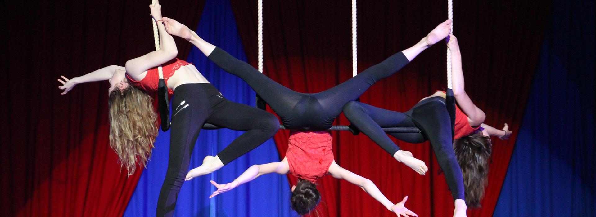 S'inscrire à l'école de cirque | Les Ateliers de la Piste Achille Zavatta, école de cirque à Mulhouse